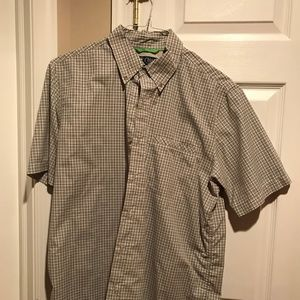 Men's medium dry fit casual short sleeve shirt